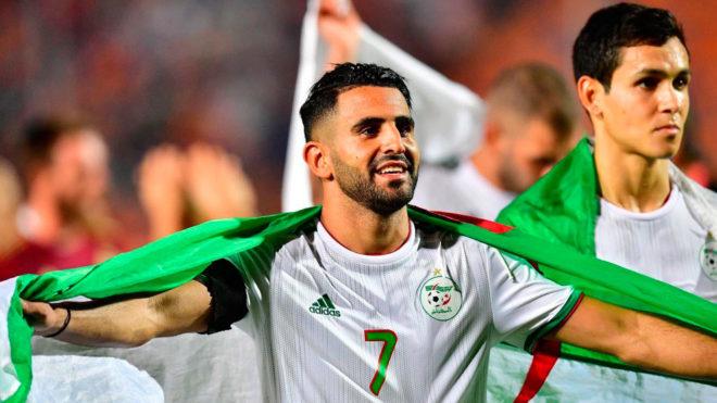 Argelia derrota a Senegal y se corona reina de África 29 años después.