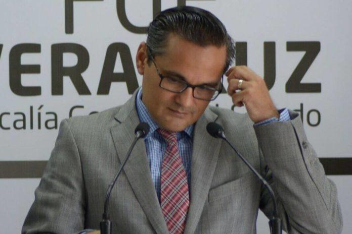 PAN lleva a SCJN destitución del fiscal Jorge Winckler.